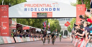 Adam Blythe winning Prudential RideLondon classic, 2014.