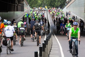 Prudential RideLondon, Freecycle – family fun cycle through traffic free streets of London taking in the capital's world-famous landmarks,. 9 August 2014