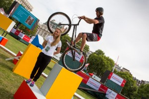 World record attempt with Andrei Burton and Laura Trott. Saturday 1 August 2015. Photographer: Stuart Stevenson