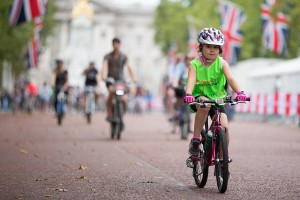 Prudential RideLondon FreeCycle, on traffic-free roads in central London. Saturday 1 August 2015. Photographer: Stuart Stevenson