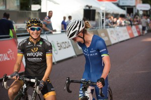 Laura Trott & Giorgia Bronzini, Pro women's criterium  race on the Mall, London. Saturday 1 August 2015. Photographer: Stuart Stevenson